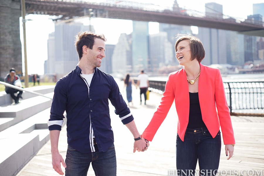 engagement session in Brooklyn, DUMBO